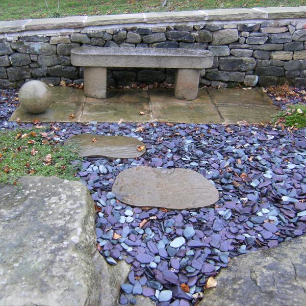 Snowdonia polished slate 20 40mm landscaping for Blue slate garden designs